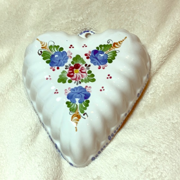 None Other - Heart shape floral ceramic wall decor dish bowl